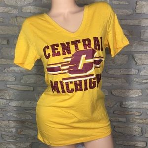 L Victoria's Secret PINK Central Michigan T Shirt
